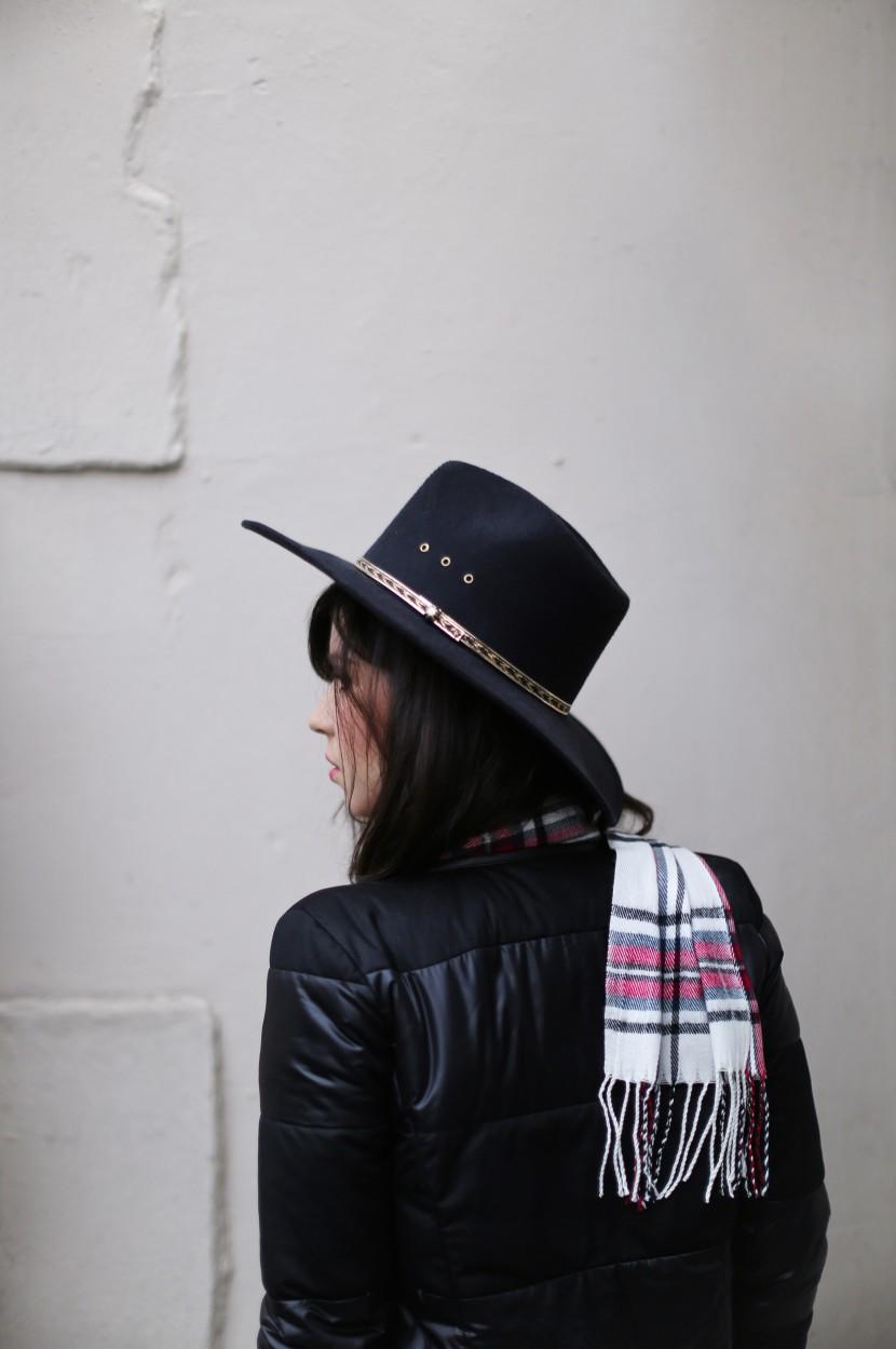 betty autier cowboy hat