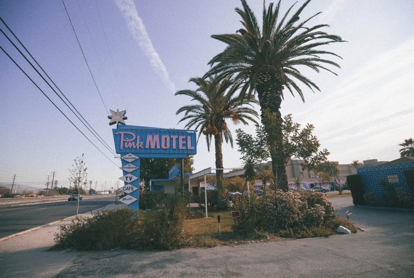Pink Motel 7